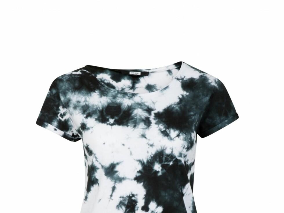 Rocka t-skjorte (kr 199/Bik Bok) Foto: Produsenten