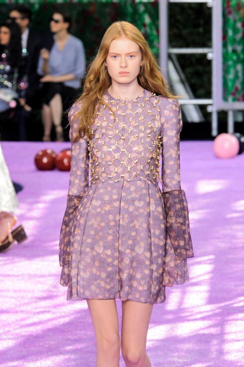 <strong>PRINT HOS DIOR:</strong> Christian Dior viste flere plagg med print under sin haute couture visning for høsten 2015. Foto: Zuma Press