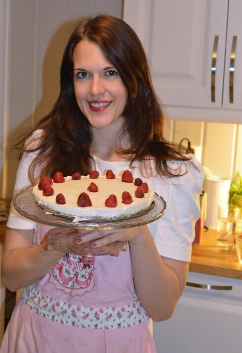 <strong>GODKJENT:</strong> Ostekaken ble god, men det kunne vært litt mer søtsmak i kremen.  Foto: Marita Svartdal