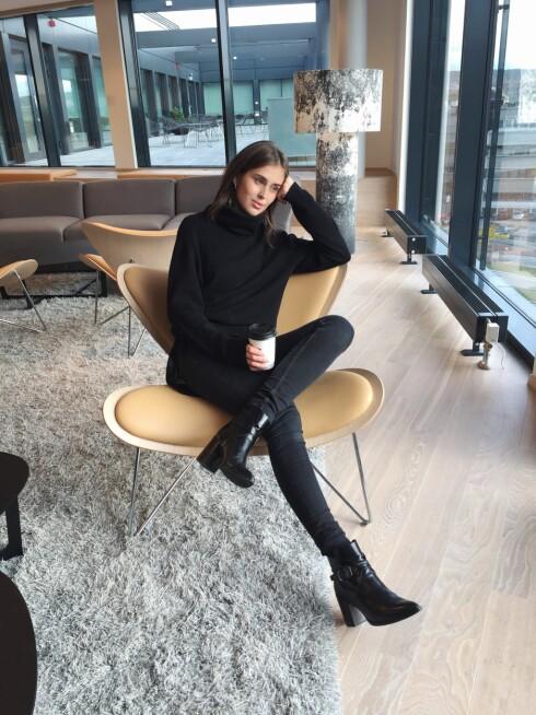 <strong>DARJA BARANNIK:</strong> Gjør som motebloggeren og følg hennes tips for styling av fritidssko. Foto: Darjabarannik.com