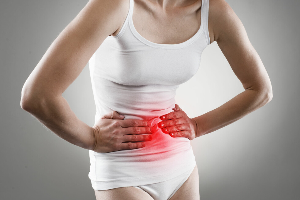 SYRE: Magesår kan gi plager som sure oppstøt, halsbrann og magesmerter. Foto: Stasique - Fotolia
