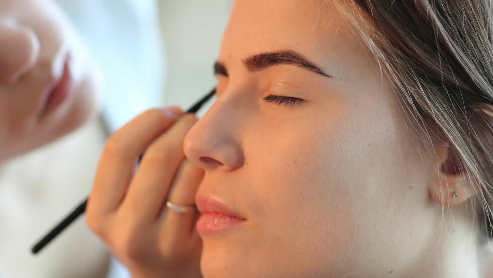 SMINKE ØYEBRYN: Glem maskara og leppestift, dette har mest effekt, ifølge makeupartisten. Foto: NTB Scanpix