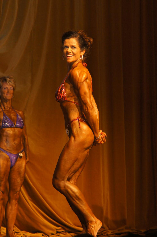 SELVDISIPLIN: Det krever månedsvis med tøff trening og strengt kosthold for å nå målene som kreves i konkurransene.  Foto: Privat