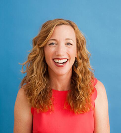 EKSPERTEN: Forskeren Christine Carter mener du oppnår mer ved å gjøre mindre. Foto: BLAKE FARRINGTON