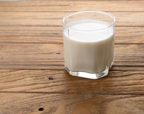 MELK: Melk kan også hjelpe mot hvitløksånde.  Foto: Preechath - Fotolia
