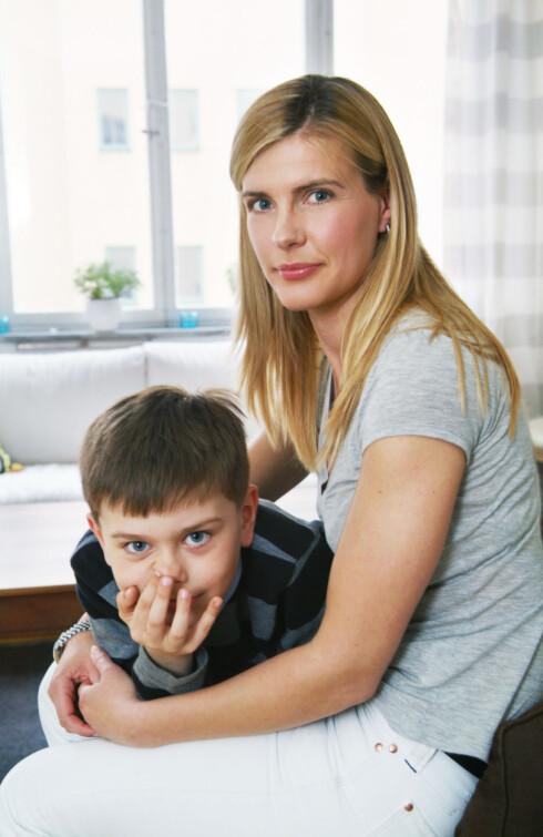 STEROTYPISK: Kvinner er ofte ansett som omsorgspersoner, noe som gjør det vanskeligere for mange å tro at kvinner kan forgripe seg på barn. Foto: Scanpix/NTB