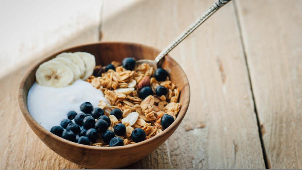 FROKOST: Har du noen gang lurt på hva kostholdsekspertene spiser til frokost? Vi har spurt tre av dem om nettopp dette!  Foto: tataks - Fotolia