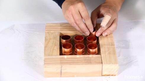 Practical ideas - DIY projects - Concrete spice rack Foto: Bulls Press - Bauer Media Group