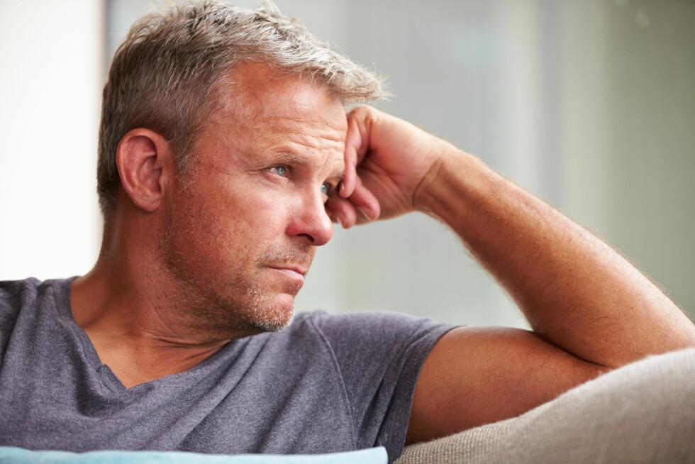 <strong>GRÅTER IKKE:</strong> Eksperten tror mange menn holder tårene inne fordi de er redde for å bli sett på som mindre mannlige.  Foto: Monkey Business - Fotolia