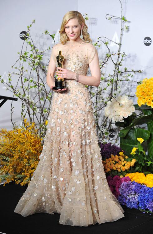 OSCAR-KJOLER: Cate Blanchett i Armani Prive fra fjorårets Oscar-utdeling.  Foto: Gregorio Binuya/Everett Collecti