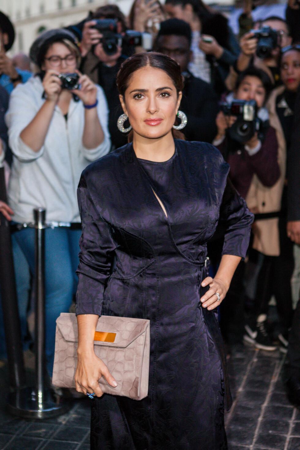 <strong>BALENCIAGA:</strong> Salma Hayek (49). Foto: Abaca
