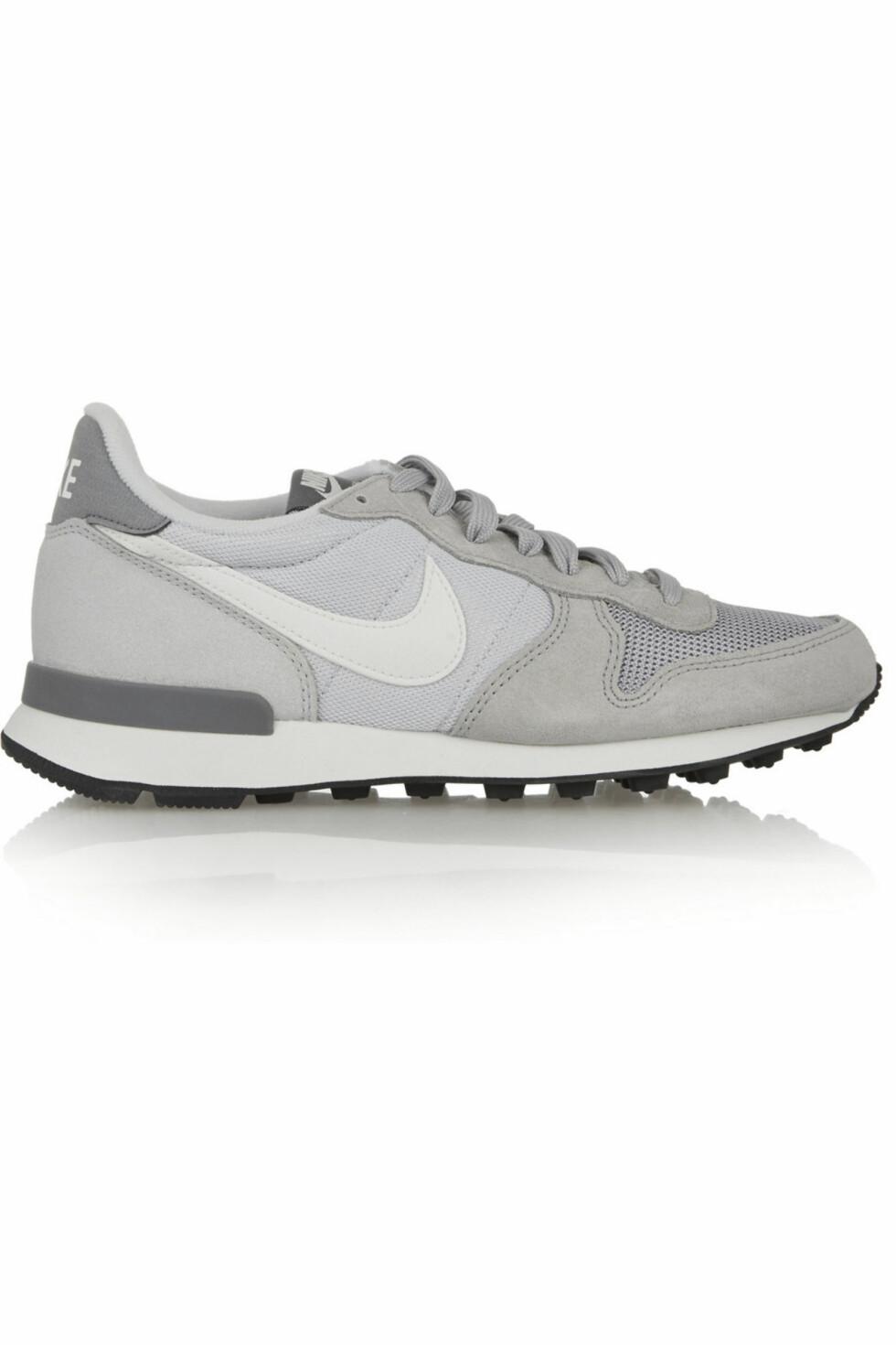Lysegrå fra Nike, kr 900 Foto: Produsentene