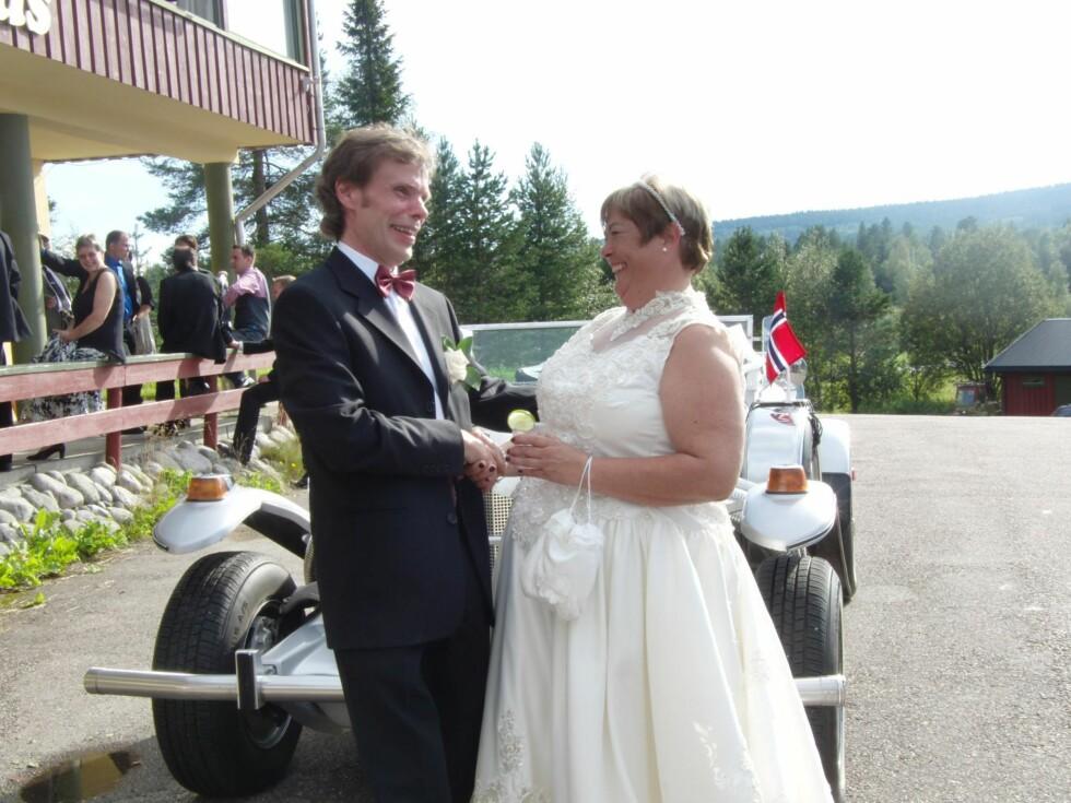 <strong>FEM ÅR SIDEN:</strong> Da Rita giftet seg med Knut Willy veide hun minst 30 kilo mer enn i dag. Foto: Privat