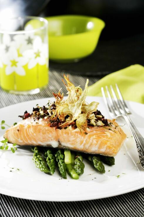 OMEGA 3: Fet fisk, som laks, makrell, ørret og sild er vår viktigste kilde til omega 3.  Foto: Scanpix