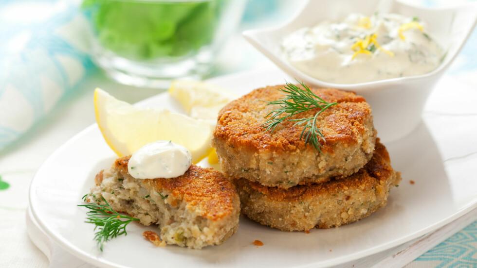 BYTT UT KJØTTET MED TORSK: Torskekaker er et godt alternativ til kjøttkaker.  Foto: sarsmis - Fotolia