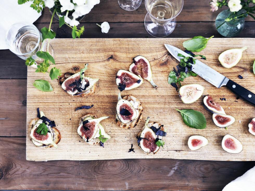 FIKEN: Med ricotta og basilikum, på brød, blir dette en super smårett. Foto: Columbus Leth