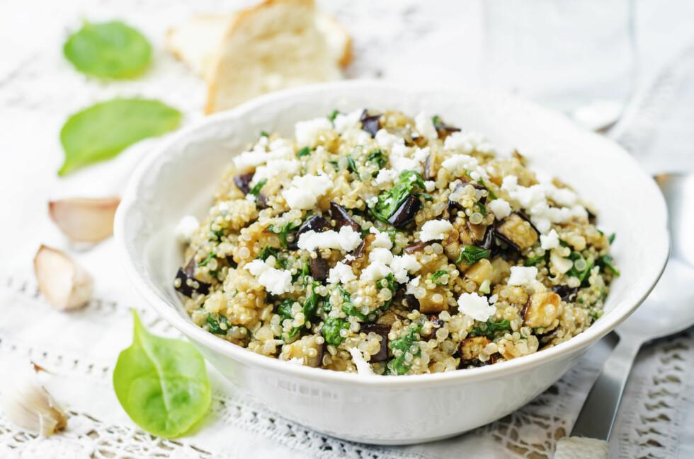 QUINOA: Hva med en quinoasalat i stedet for en pastasalat? Foto: NTB Scanpix