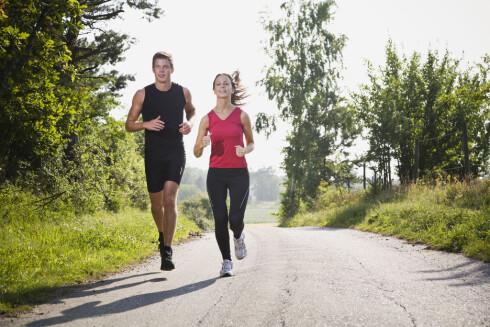 TRYGT: Så lenge alt står bra til med lever og milt, og du føler deg frisk nok til å trene, kan du det. Men ikke ta i fullt så hardt som du pleier.  Foto: Scanpix