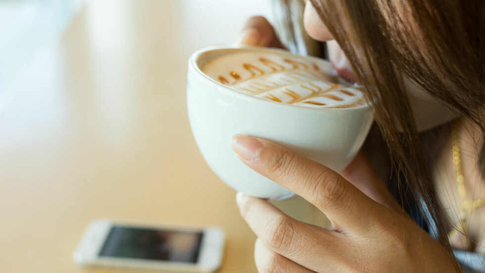 FÅR FART PÅ SAKENE: Er du en av dem som ofte må gå på do etter en kaffekopp eller to, men aldri har skjønt hvorfor? Svaret finner du i saken! Foto: sutichak - Fotolia