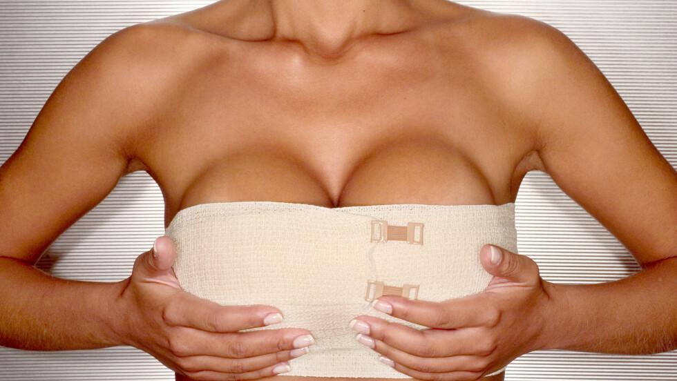 <strong>FJERNE SILIKONINNLEGGENE:</strong> De fleste beholder implantatene, men opp mot 10 prosent bestemmer etter noen år seg for å fjerne eller bytte dem.