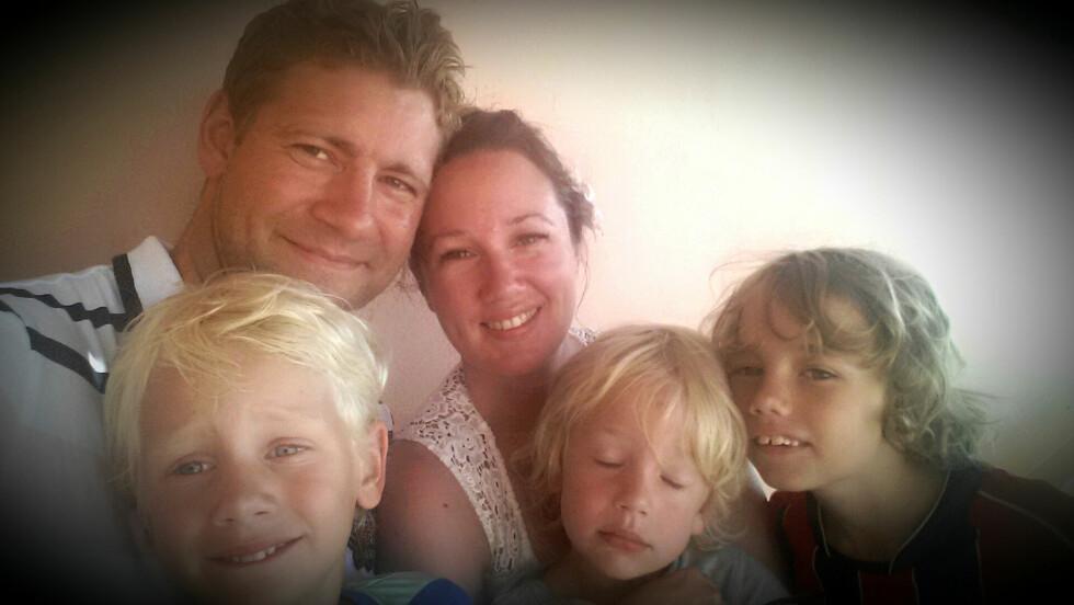 BLE KJENT MED FAMILIEN: – Vi så ikke sånn ut under hele Panamaoppholdet, medgir Kristine. – Men vi ble definitivt mer sammensveiset som familie. Foto: Privat