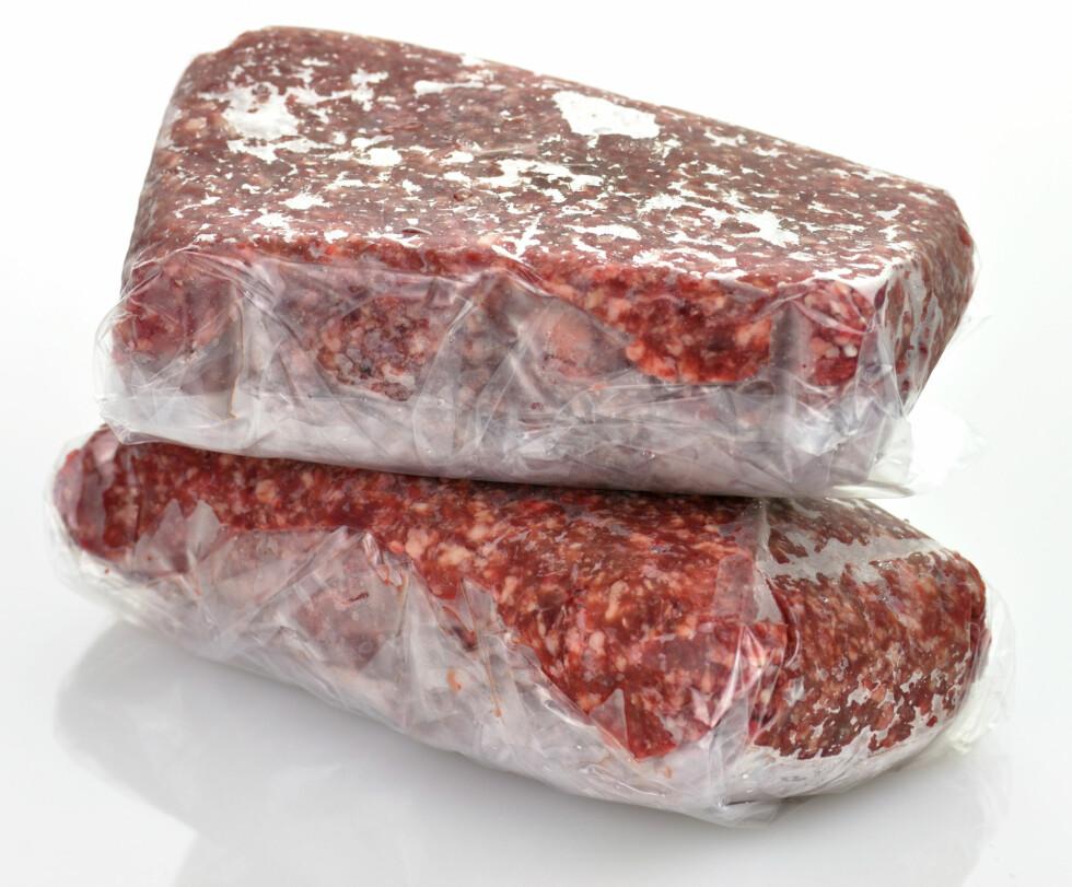 FRYSE KJØTTDEIG: Du kan fint fryse kjøttdeig samme dag som den går ut på dato.  Foto: SunnyS - Fotolia