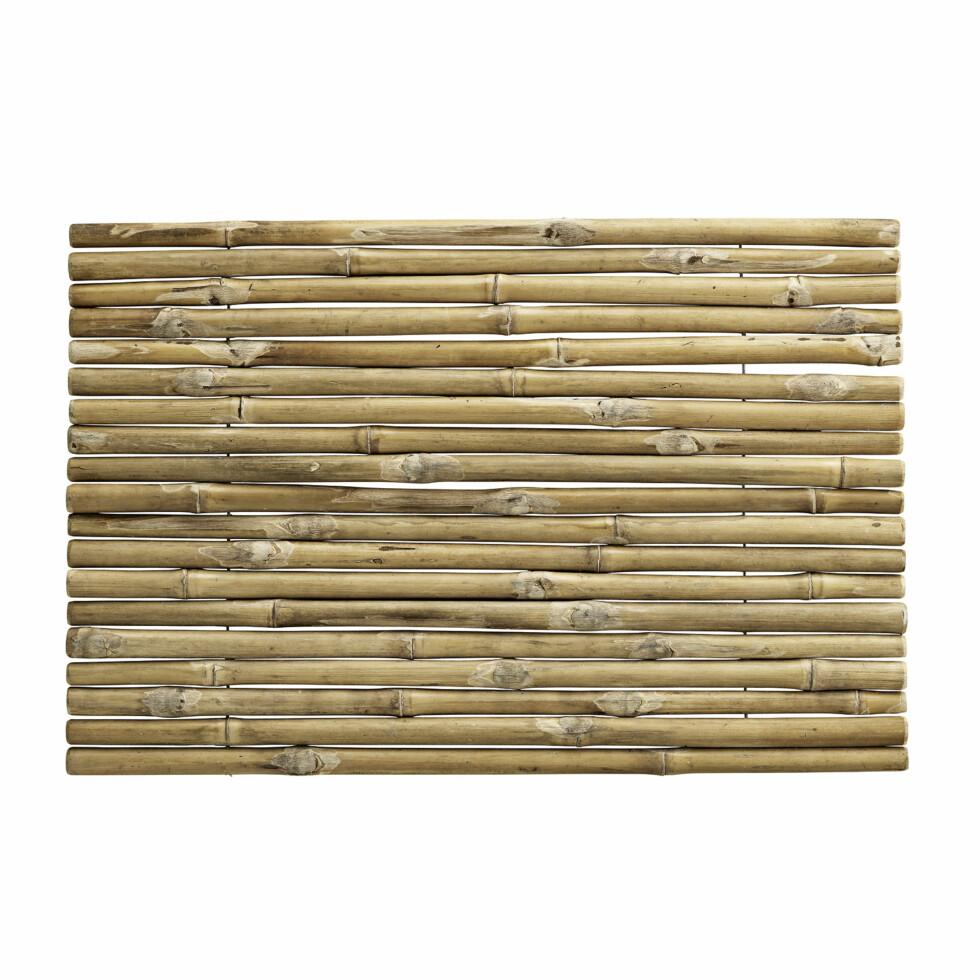 Røff matte i bambus (kr 250, bolina.no).  Foto: Produsenten