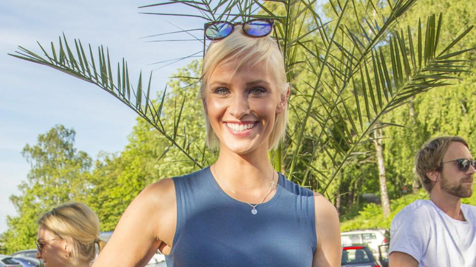 FJERNET TATOVERINGEN: TV-profil Anne Rimmen er blant kjendisene som har fått fjernet en tatovering hun tok i ungdommen.  Foto: Tor Lindseth