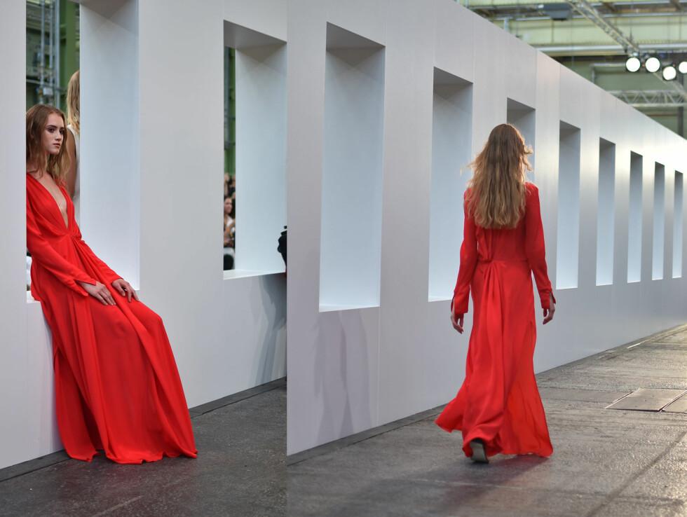 By Malene Birger: Fotsid kjole i delikat rødfarge.  Foto: Nathalie Helgerud/ Darja Barannik