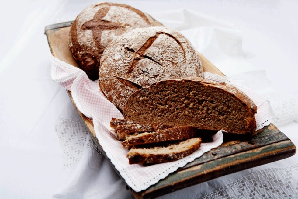 JESSENKAK: Brød med en fyldig kryddersmak.  Foto: Tom Gustavsen