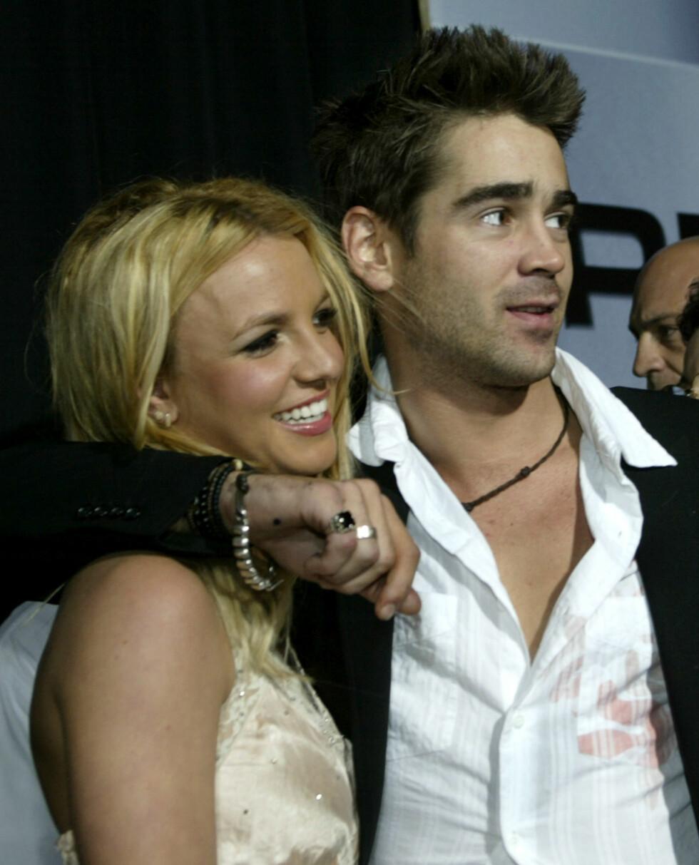 2003: Britney Spears på den røde løperen med Colin Farrell. Foto: REUTERS