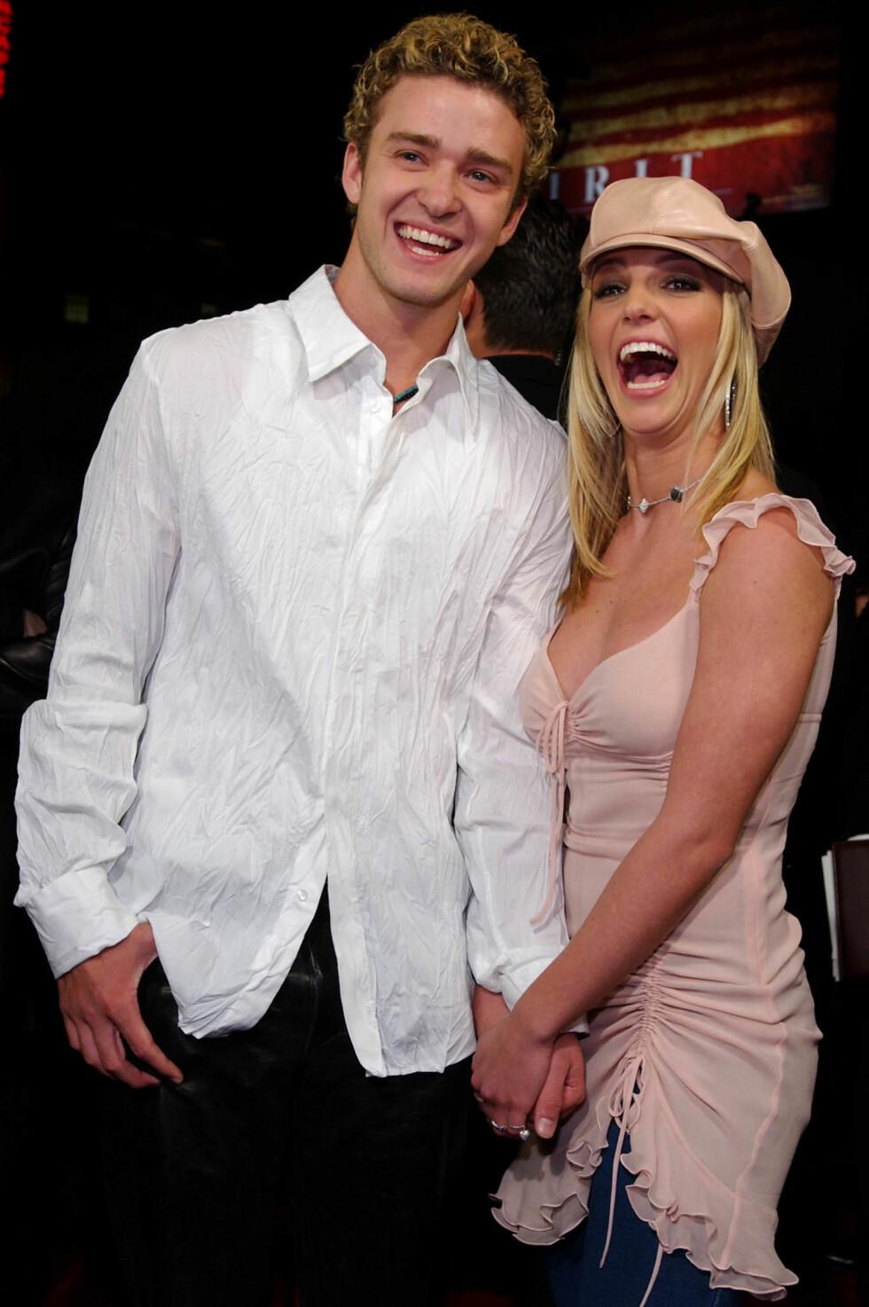 SUPERPAR: Justin Timberlake (34) og Britney Spears (33) i 2002. Foto: EPA