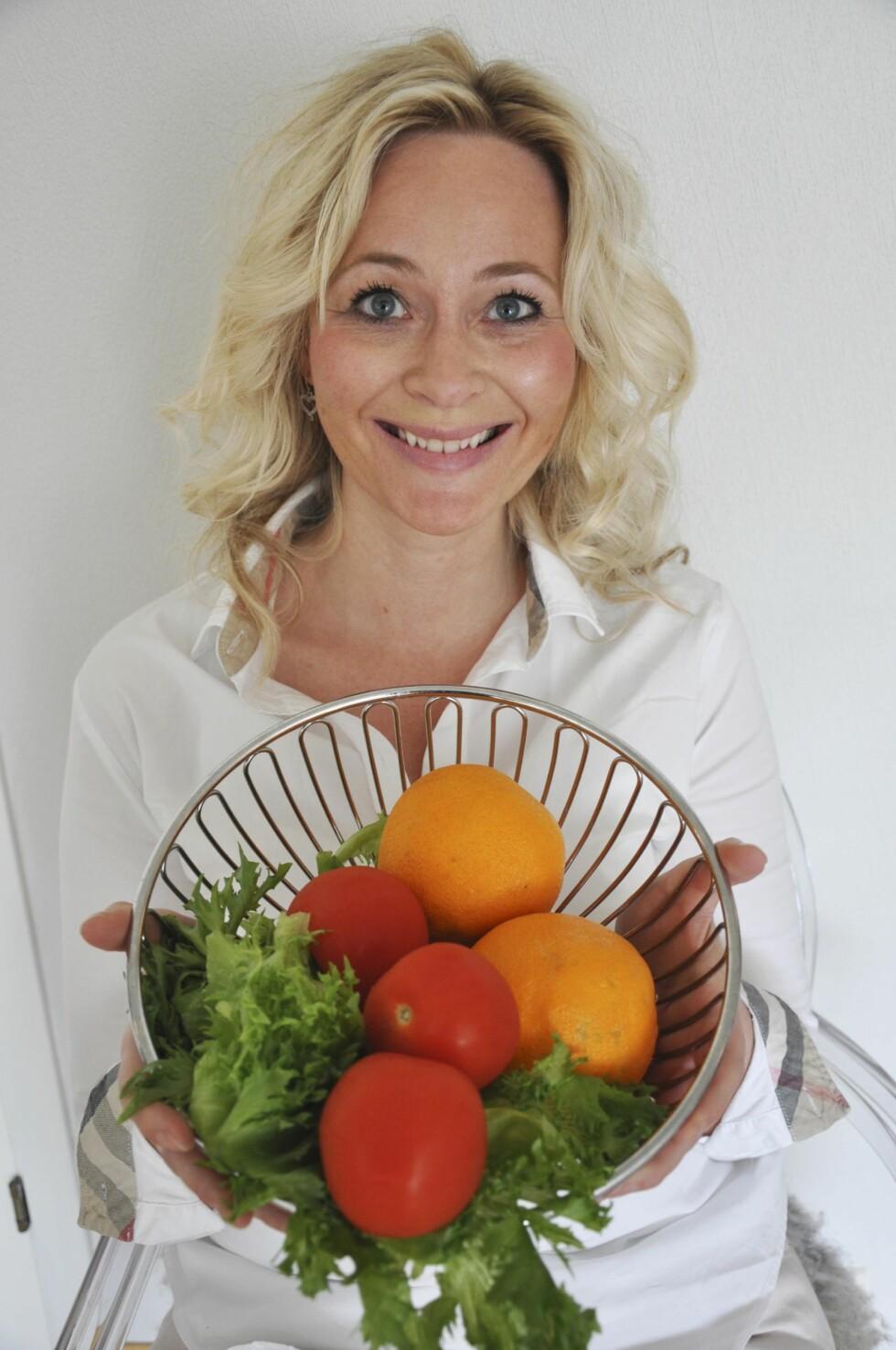 MYE GRØNT: Frukt og grønt hører med til Gro Linns daglige kosthold.