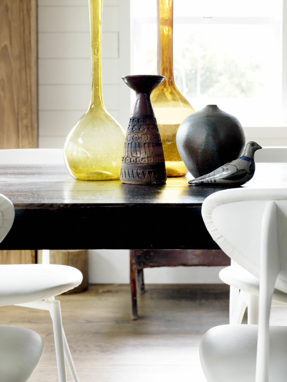Spisebordet. Fugl i keramikk, vintage. Foto: Prue Ruscoe/Taverne Agency