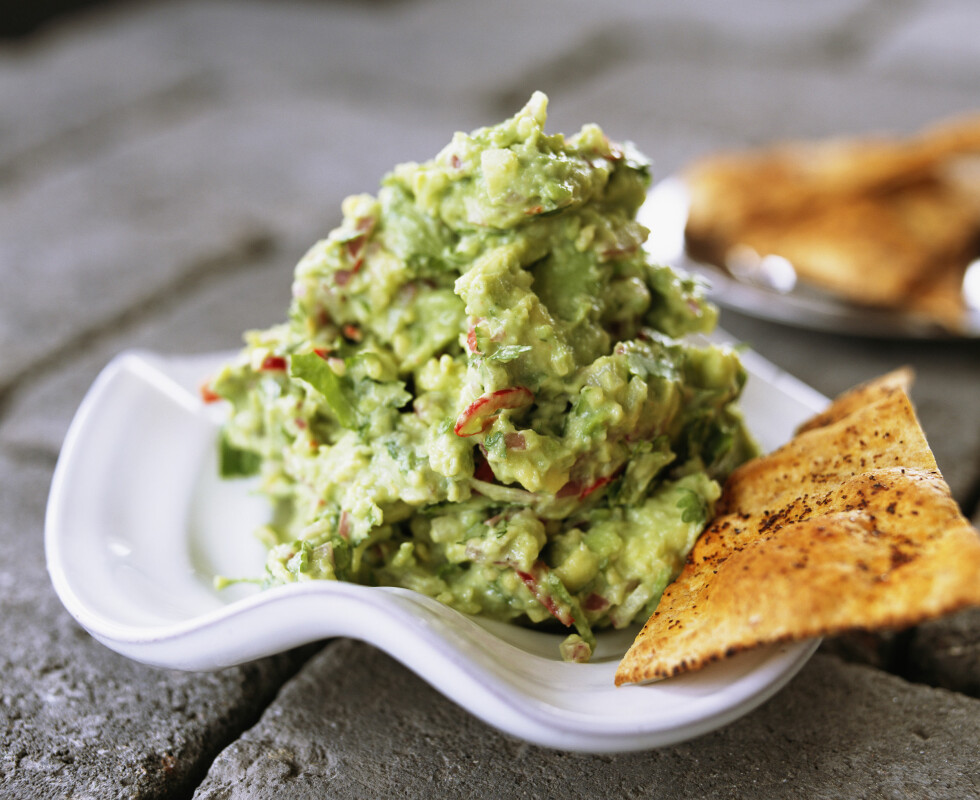 DIP: En spicy guacamole med chili skal visstnok kunne gjøre underverker for libidoen. Foto: Scanpix/NTB