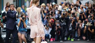 De beste streetstyle-antrekkene fra Couture Fashion Week