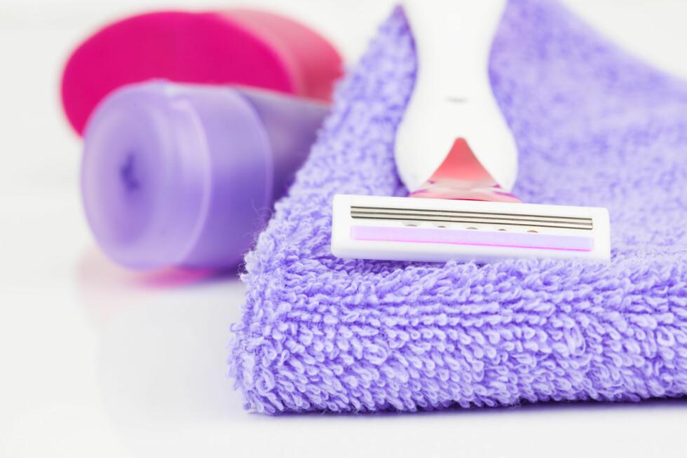 SKARPT OG RENT BLAD: Det er viktig at du bruker et skarpt og rent blad når du barberer deg. Det anbefales at du bytter minst hver fjerde uke.  Foto: motorlka - Fotolia