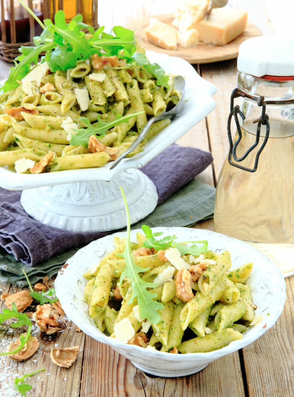 <strong>PASTA MED RUCCOLAPESTO:</strong> Pesto lages vanligvis med basilikum, men denne varianten med ruccola er verdt et forsøk. Foto: Linnea Press