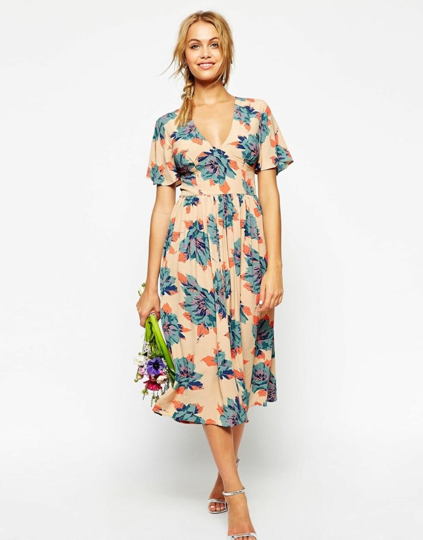 Kjole fra Asos.com, kr 583. Foto: Produsenten