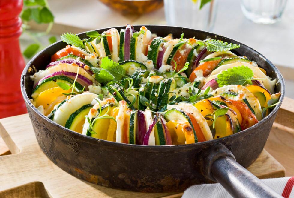 VEGETARISK GRATENG: Passer til alle typer kjøtt eller som en vegetarrett. Foto: Pontus Fernemann