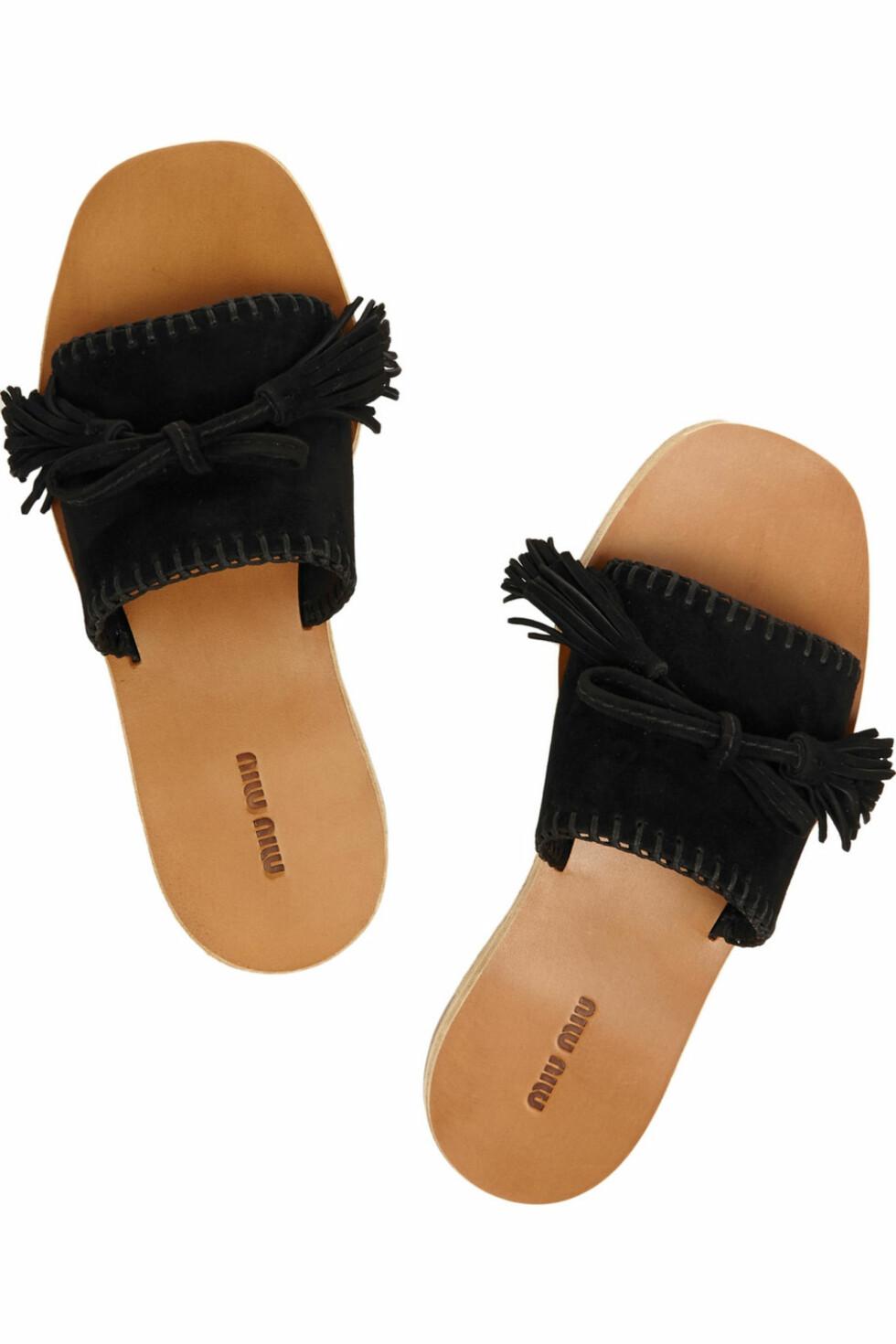 Sandaler fra Miu Miu, ca. kr 2700.  Foto: Net-a-porter.com