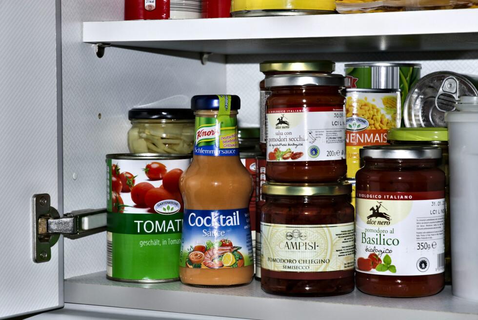 HAR DU BRUK FOR ALT? Ikke kast bort lagerplass på mat du ikke kommer til å tilberede. Foto: GOIMAGES / Alamy/All Over Press