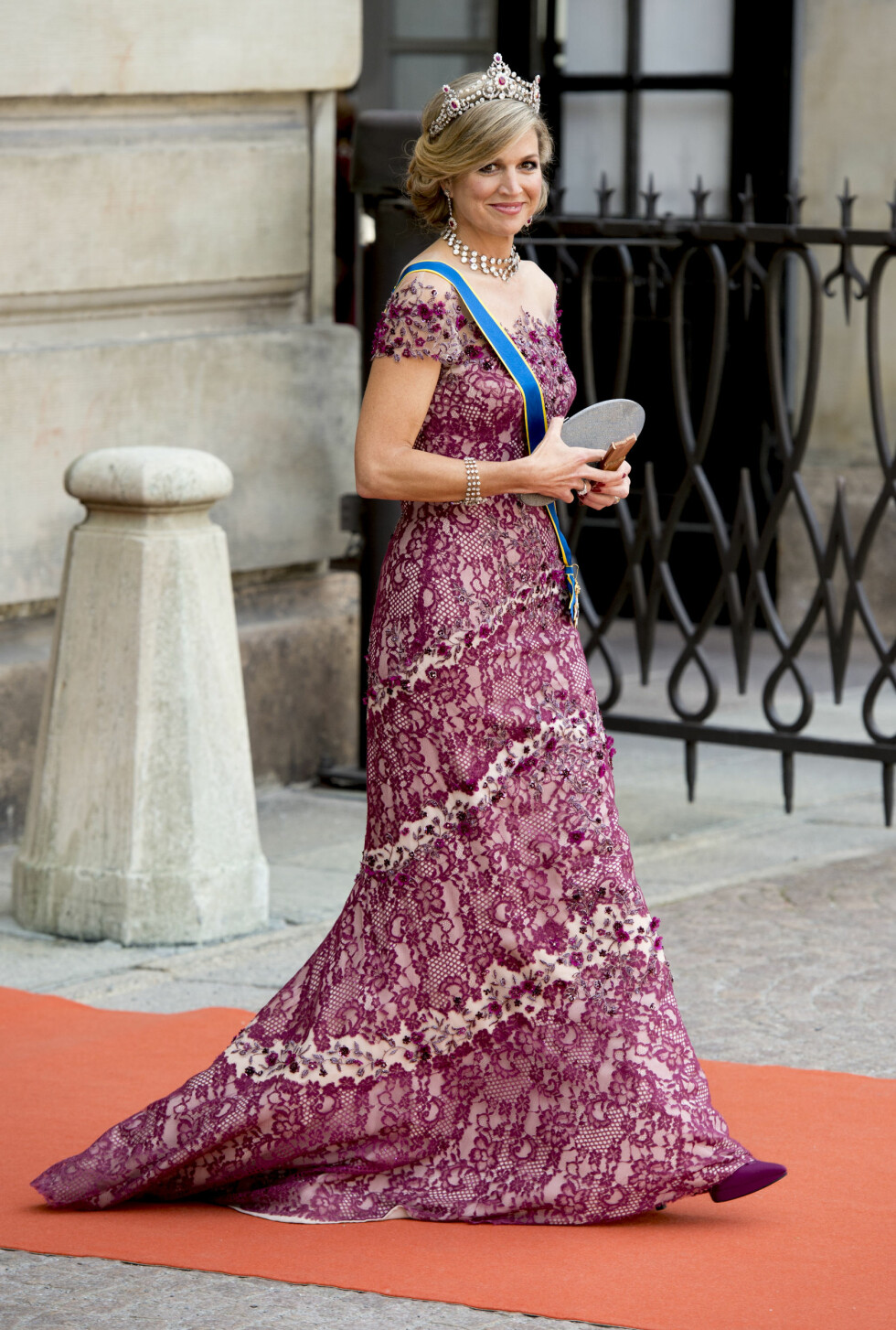 13-6-2015 STOCKHOLM Arrival of Queen Maxima from the Netherlands for The wedding of Prince Carl Philip and Sofia Hellqvist at the Royal palace in Stockholm .COPYRIGHT ROBIN UTRECHT Foto: Abaca