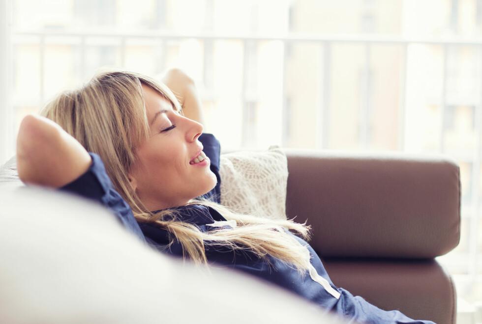 PUSTEØVELSER: Dersom du ofte er stresset kan det å gjøre pusteøvelser være en god idé.  Foto: Kaspars Grinvalds - Fotolia