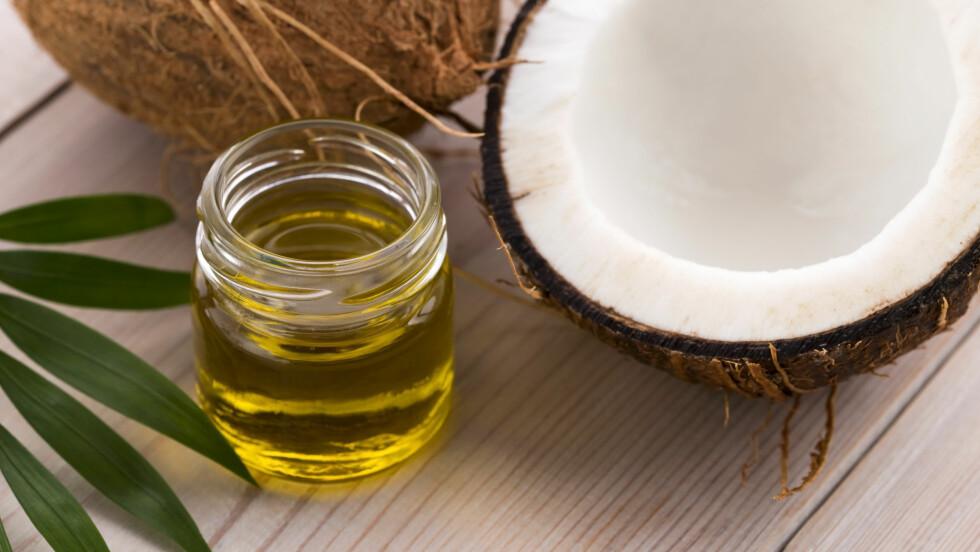 BRA TIL SÅ MANGT: Kokosolje er et genialt skjønnhetsprodukt og kan brukes til både huden og håret.  Foto: joanna wnuk - Fotolia