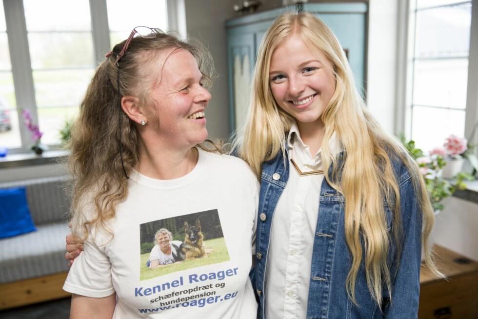 STØTTE FRA MAMMA: Anita Roager synes det er flott at datteren har funnet en halvsøster. Foto: All Over Press