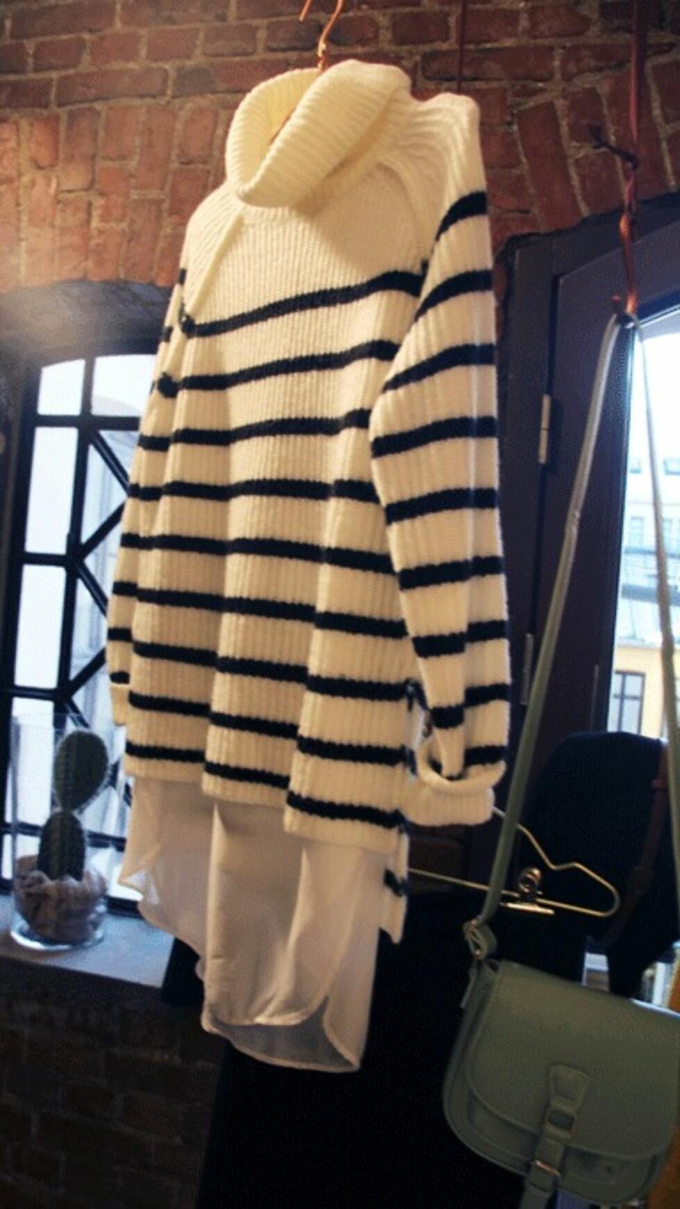 LAG-PÅ-LAG: Style antrekkene lag på lag med lange skjorter eller skjørt under genser og over slengbukser eller skjørt.  Foto: Stella Vaage