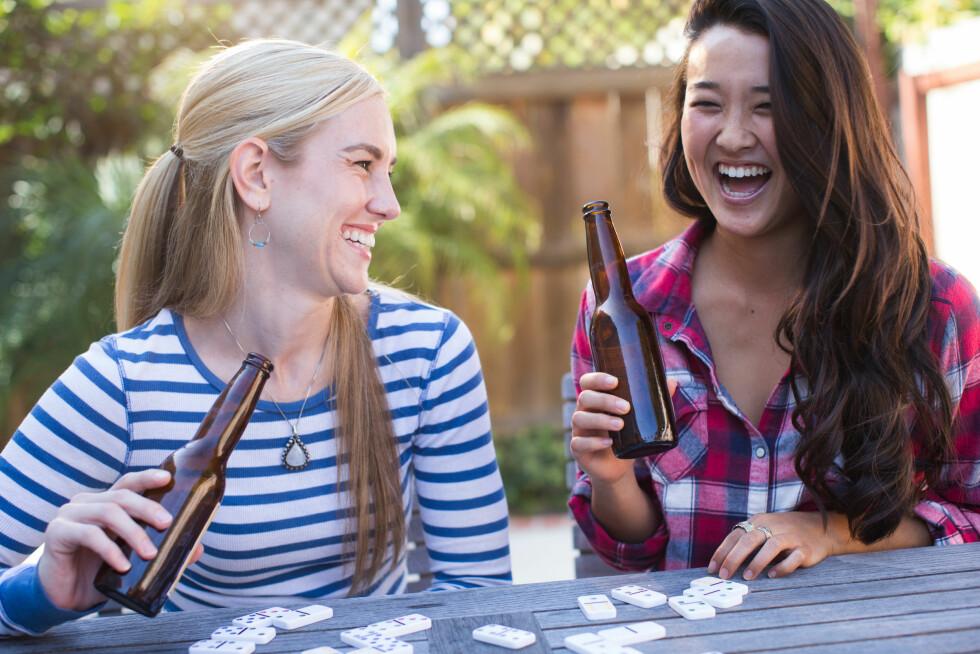 MODERAT: Pass på at ikke alkoholforbruket blir for høyt under antibiotikakuren. Foto: Scanpix/NTB