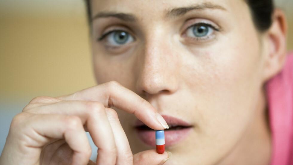 LITEN PILLE: Vet du egentlig hvordan antibiotika fungerer i kroppen? Foto: Scanpix/NTB