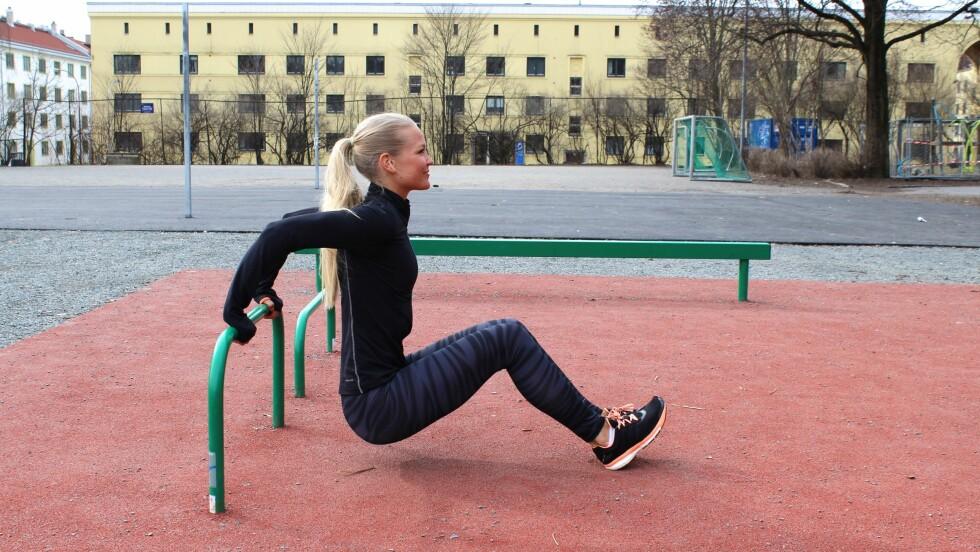 UTETRENING: Personlig trener Hedvig Bang er tilhenger av utetrening nå som våren er her. Sjekk hennes beste treningstips lenger nede i saken! Foto: Privat